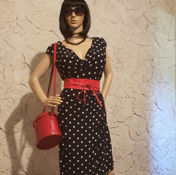 Ralph Lauren Dresses & Skirts - Polka dot dress, belt and necklace